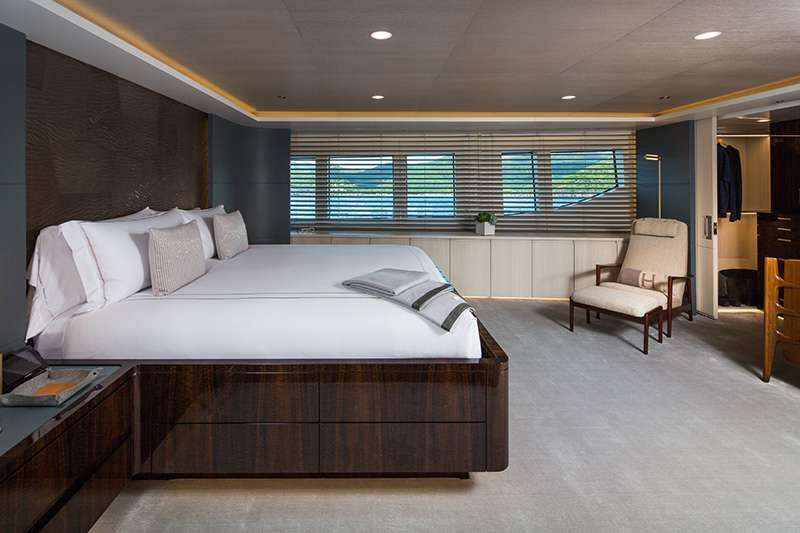 Image of BROADWATER yacht #6