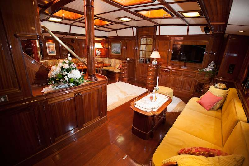 Image of LAURAN yacht #2