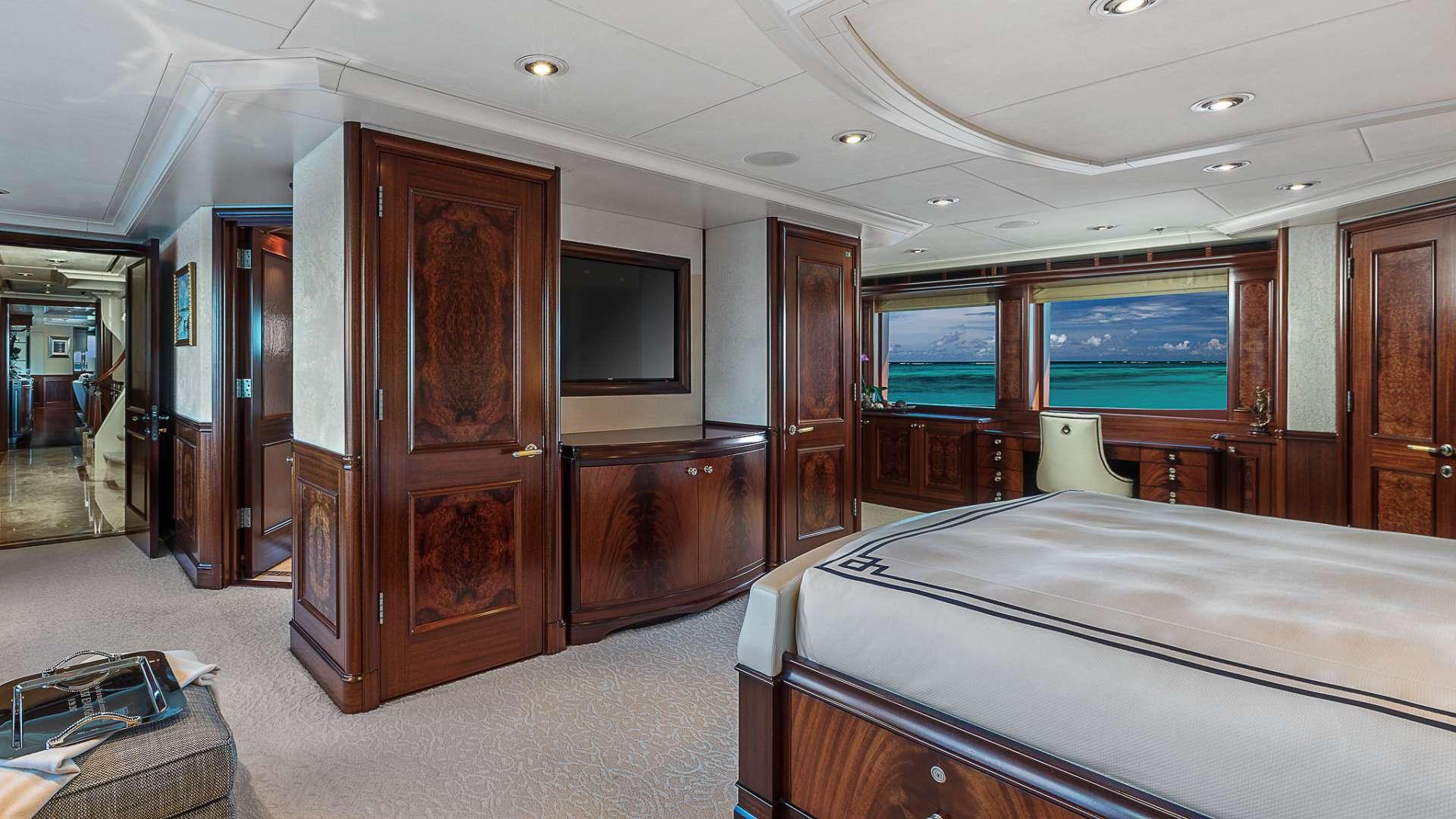 AVALON yacht image # 10