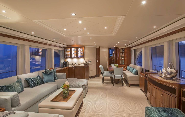 Image of Pura Vida yacht #2