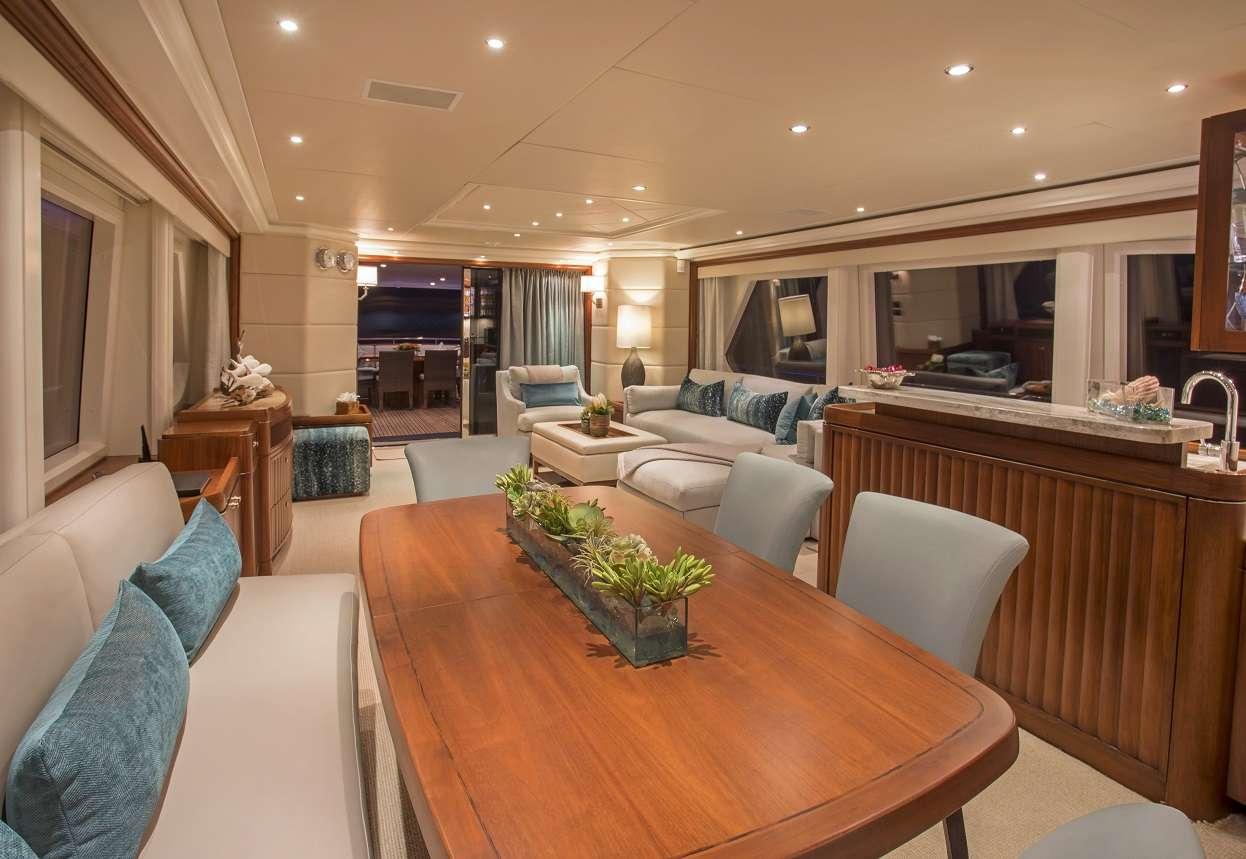 Image of Pura Vida yacht #3