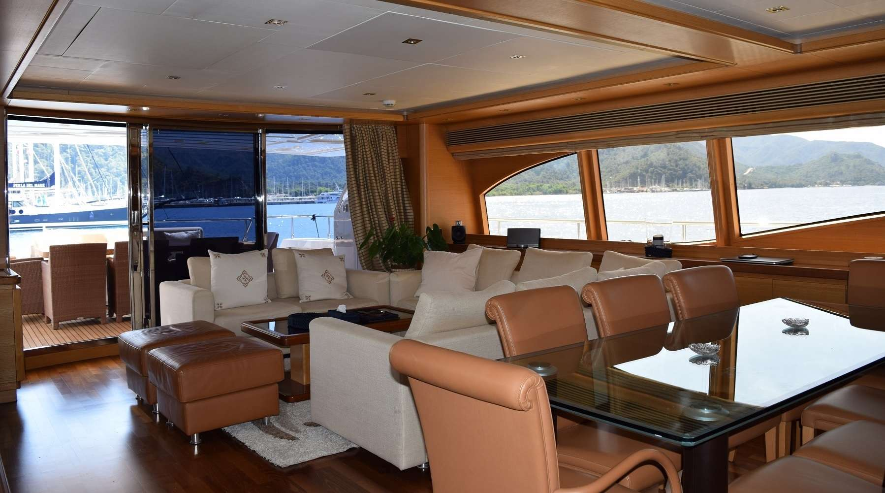 SEA LION II yacht image # 9