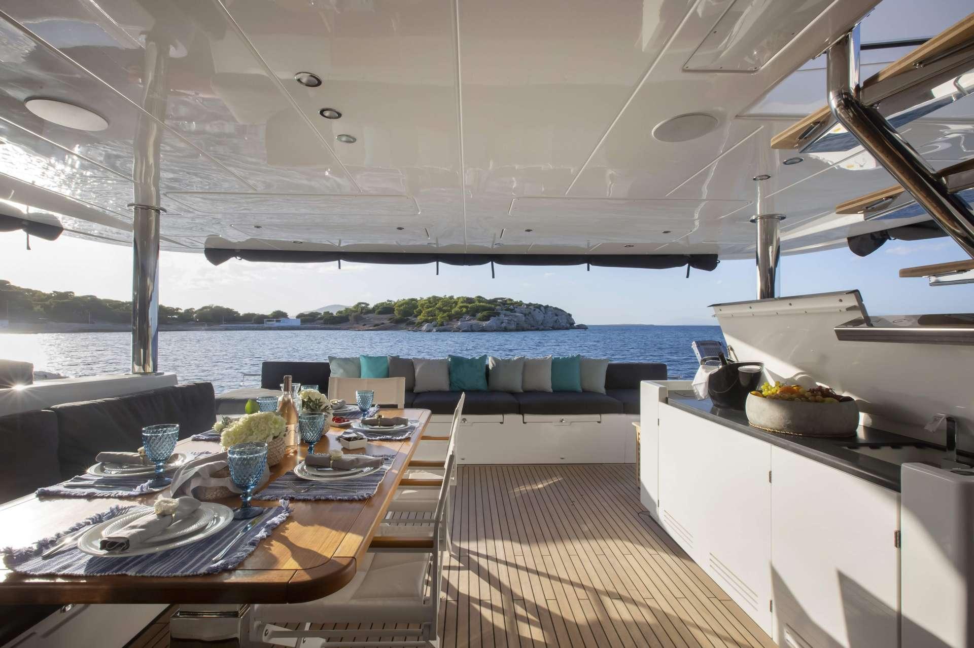 PHANTOM yacht image # 18