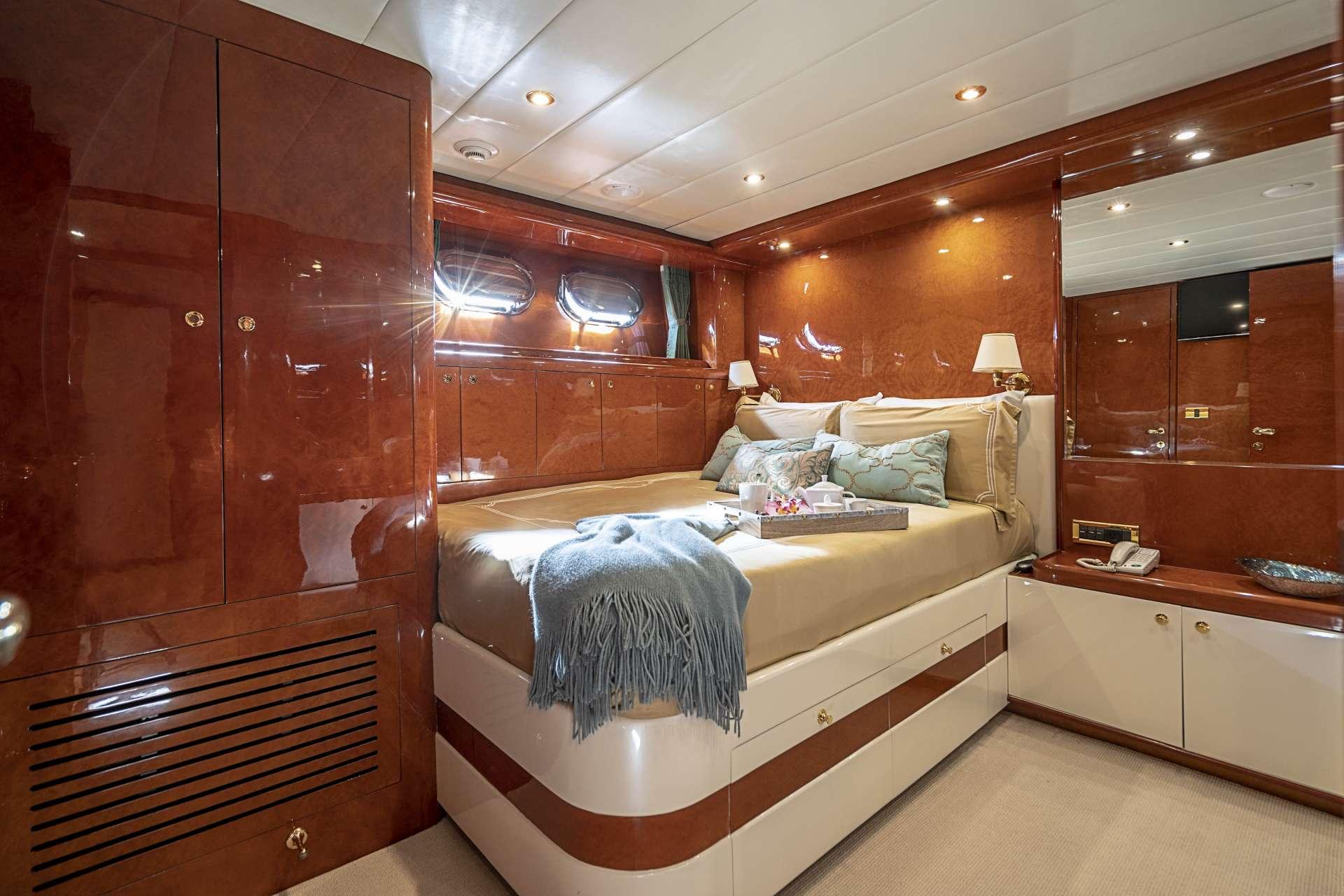 Image of SIXTY SIX yacht #9