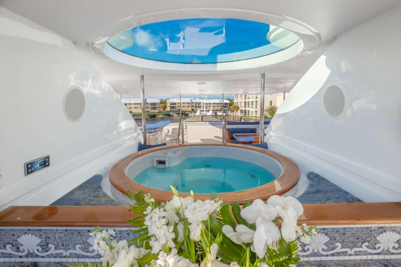 Image of TCB yacht #17