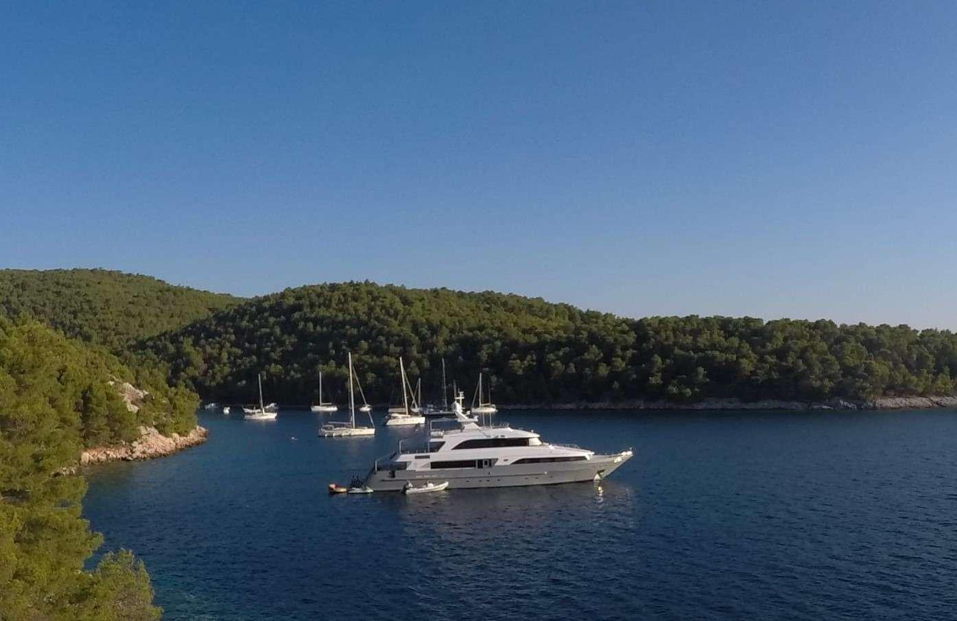 OTTAWA yacht image # 17