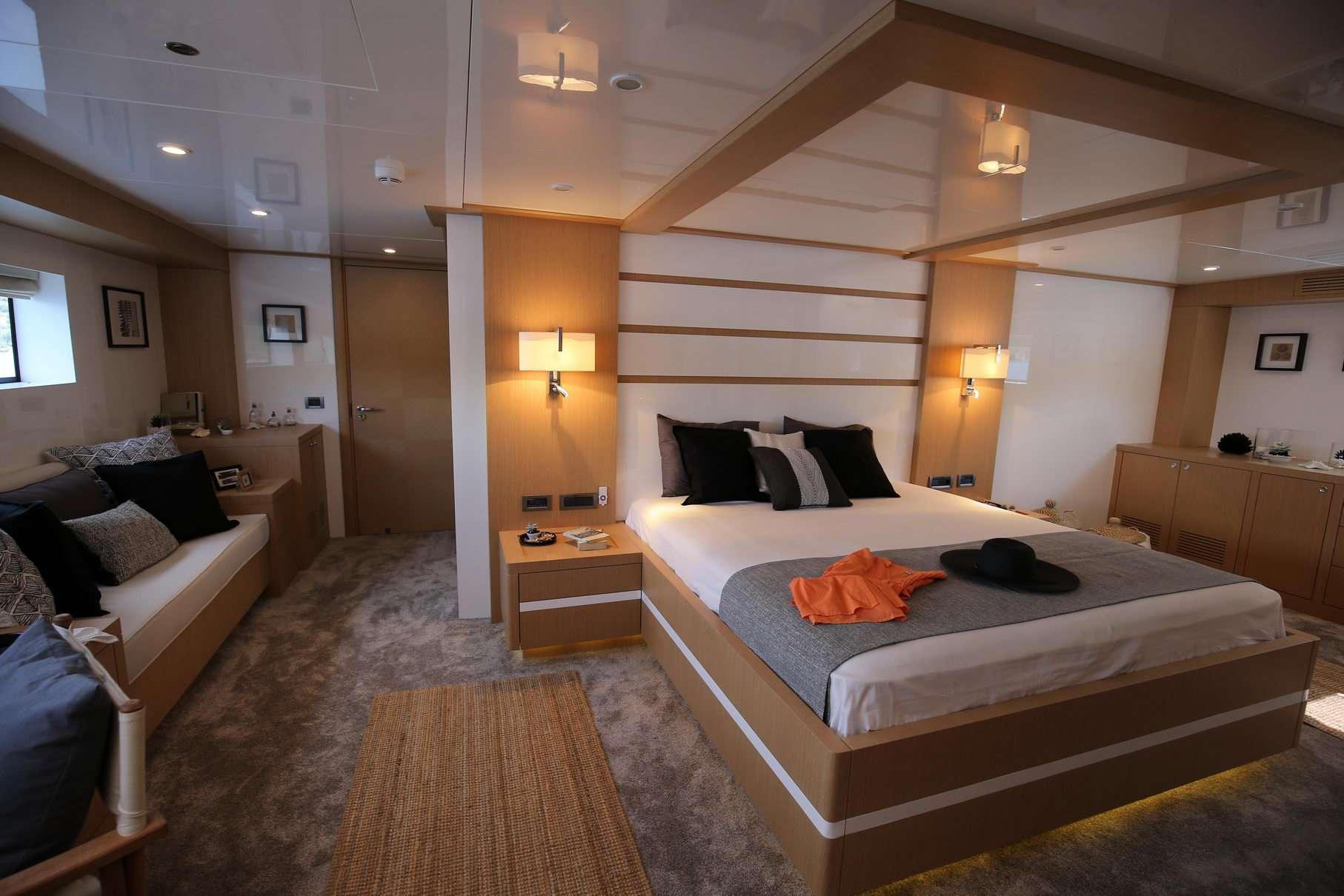 OTTAWA yacht image # 5