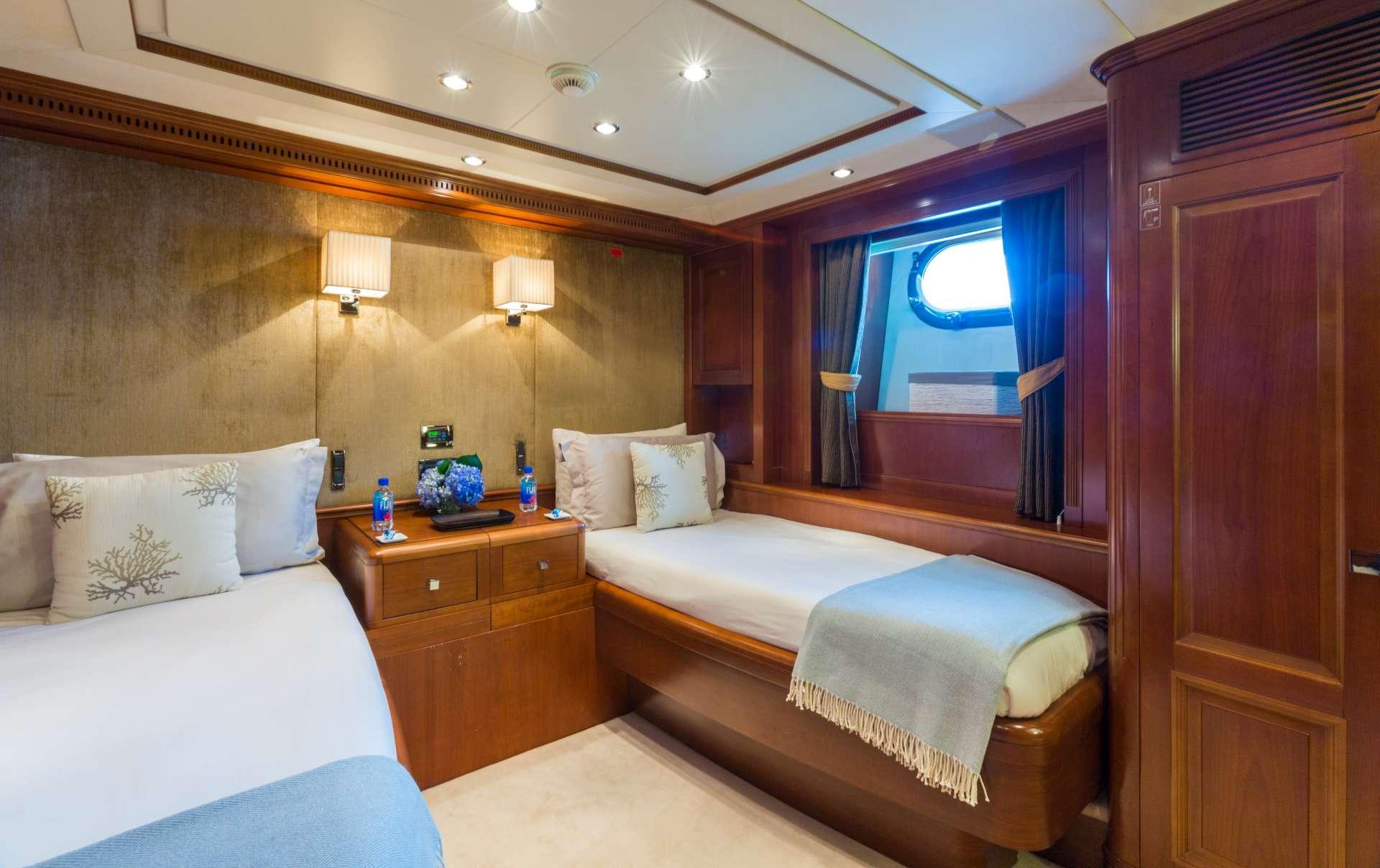 JAZZ yacht image # 13