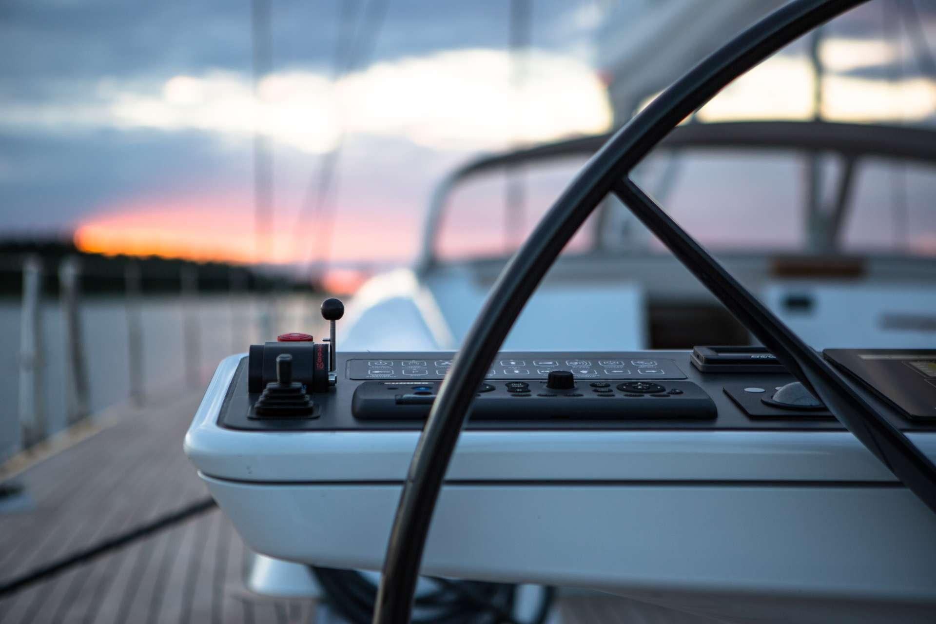 Image of INUKSHUK yacht #4