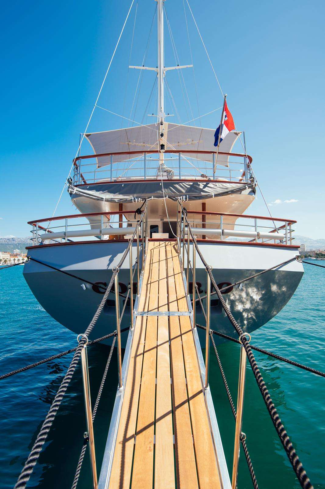 Image of CORSARIO yacht #19