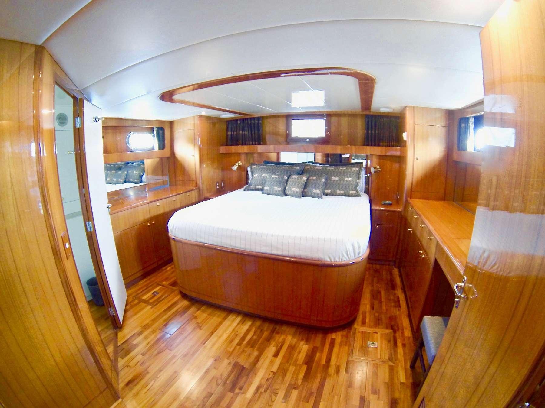 MCGREGOR III yacht image # 3