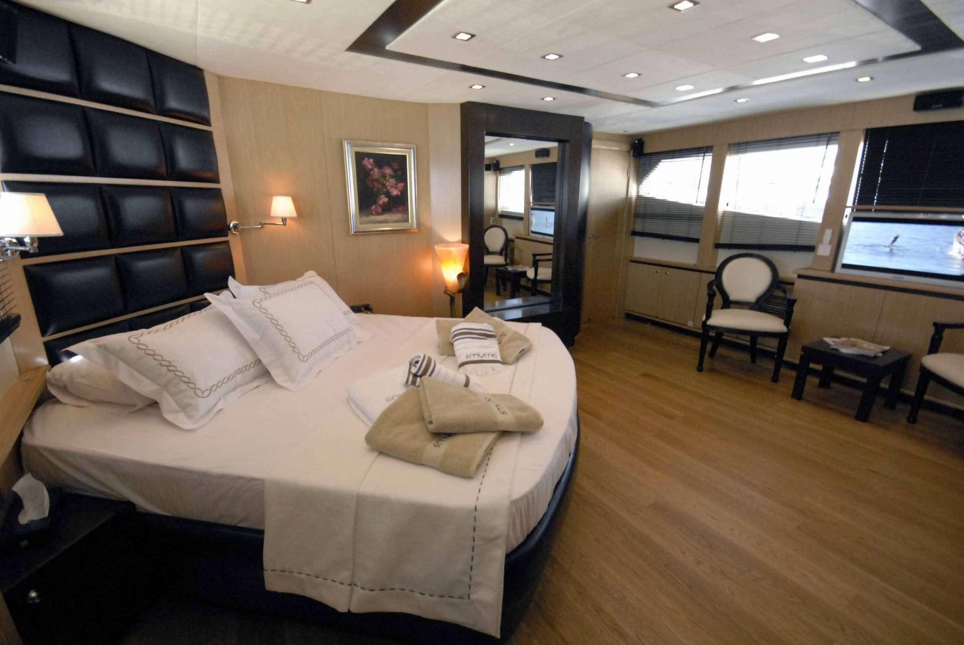 Image of SMYRNA yacht #6