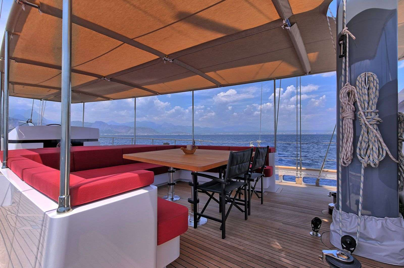 Image of MOSS yacht #5