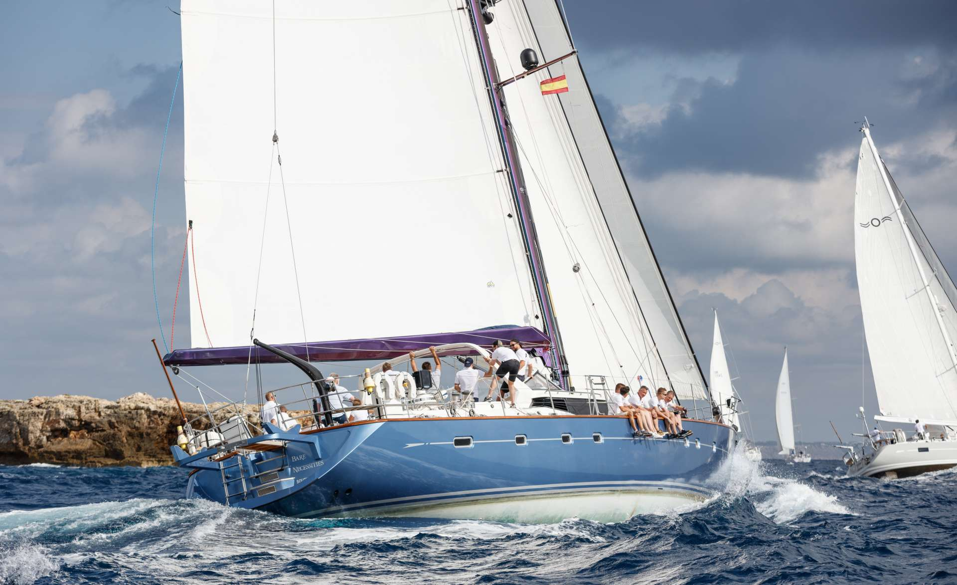 Image of BARE NECESSITIES yacht #11