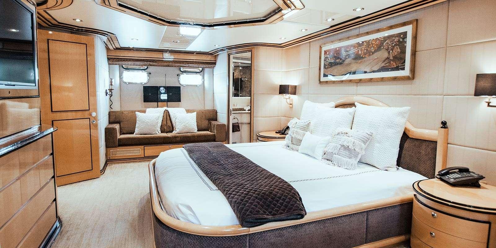 Impulsive yacht image # 5