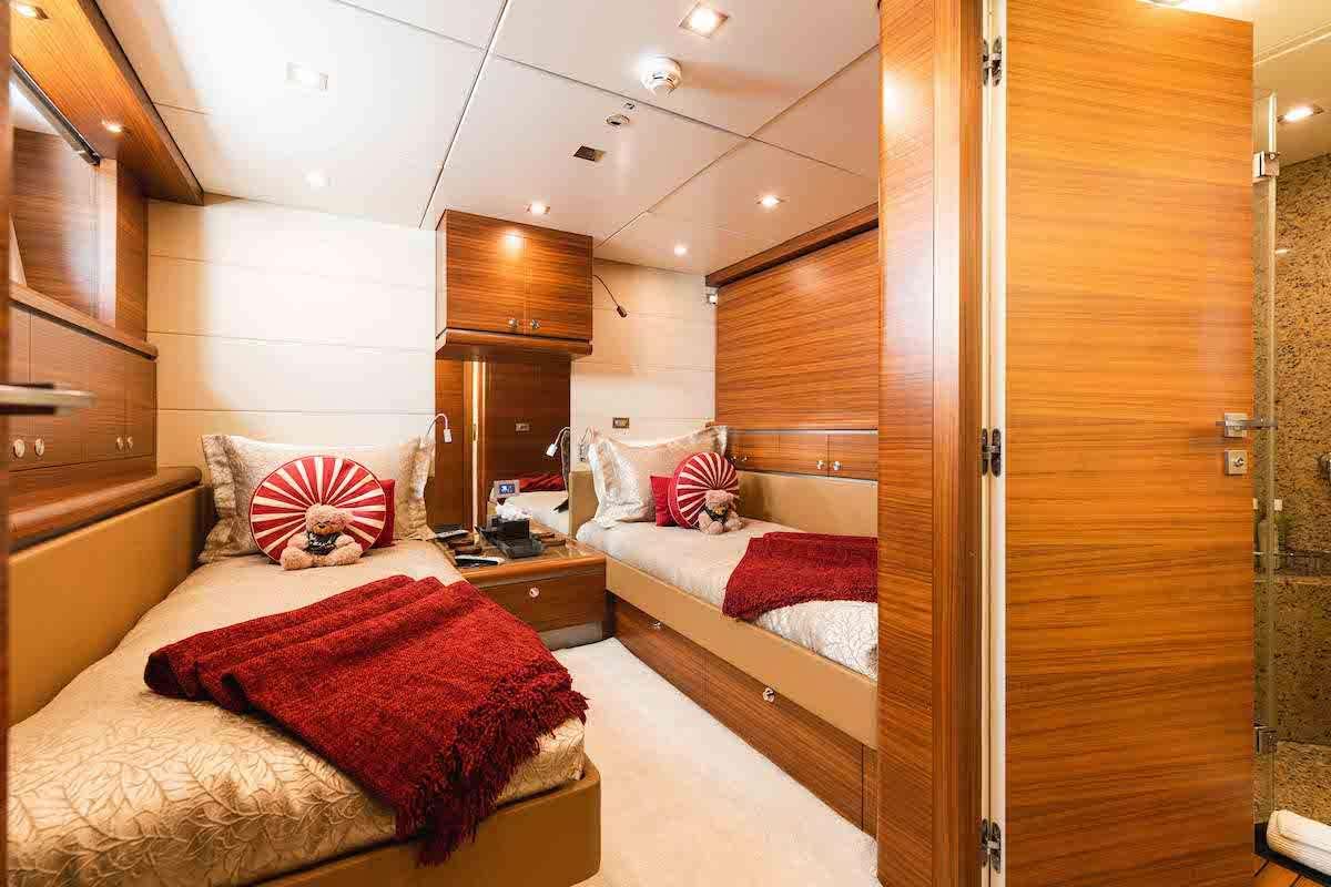 SEA AXIS yacht image # 10