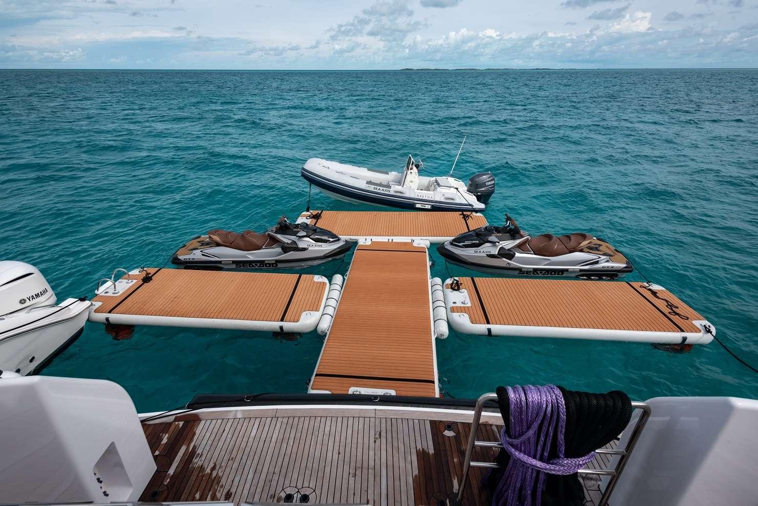 SEA AXIS yacht image # 16