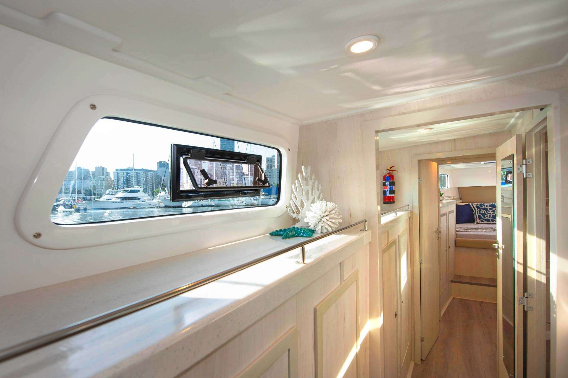 Image of BAREFEET RETREAT yacht #10