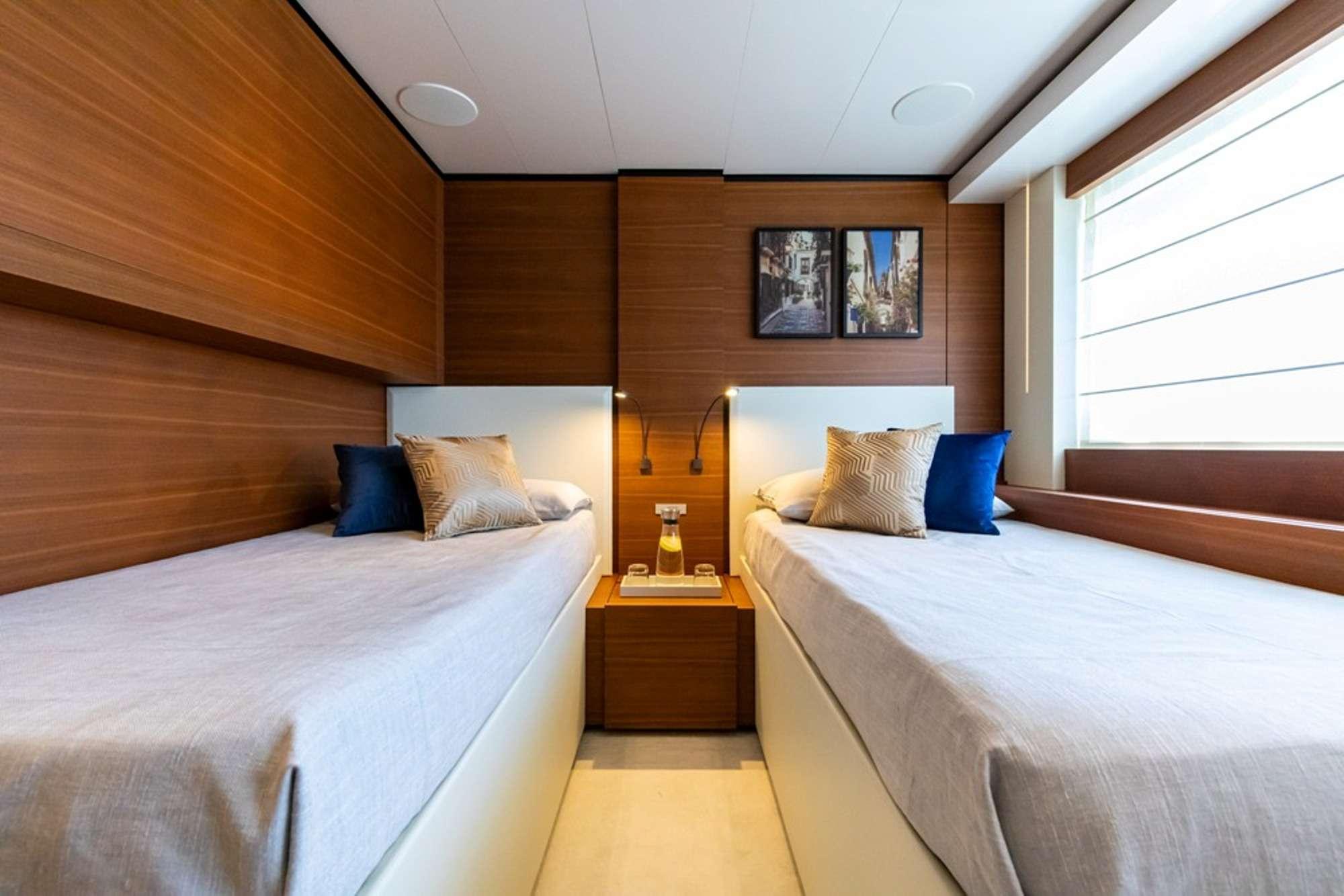 Image of Penelope yacht #11