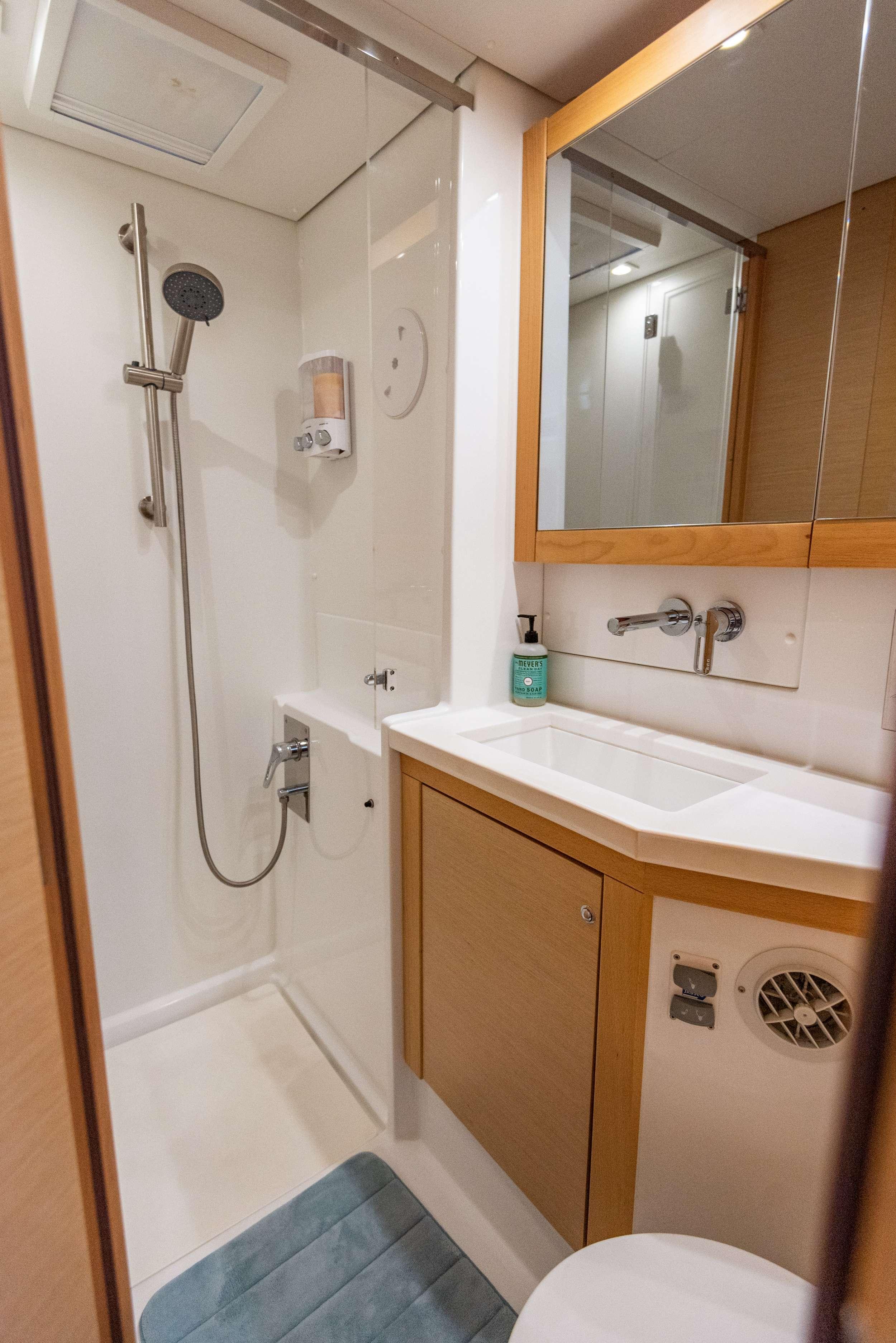 Image of SCUBA DOO 450 yacht #9
