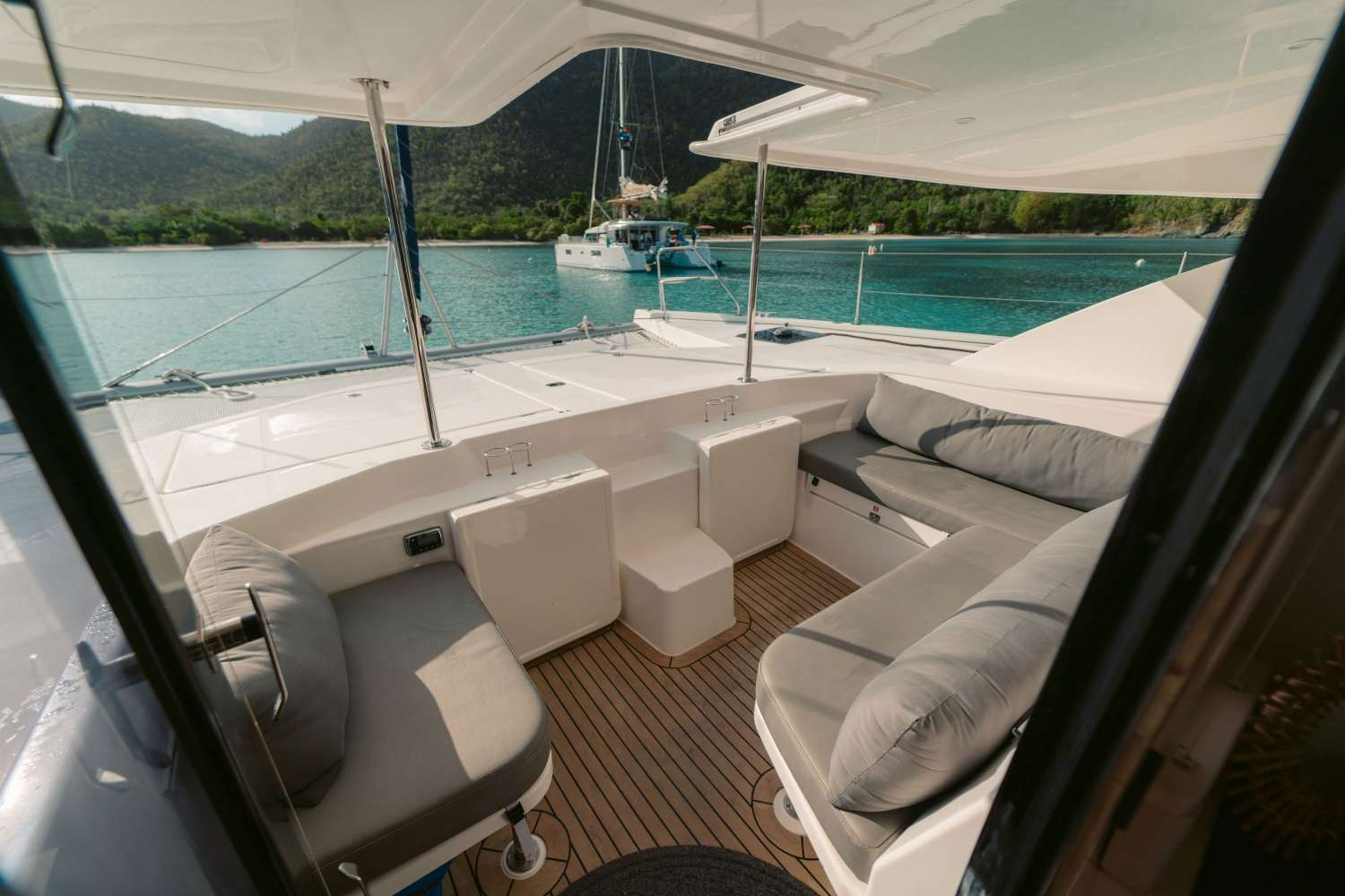 Image of VICARIOUS yacht #5