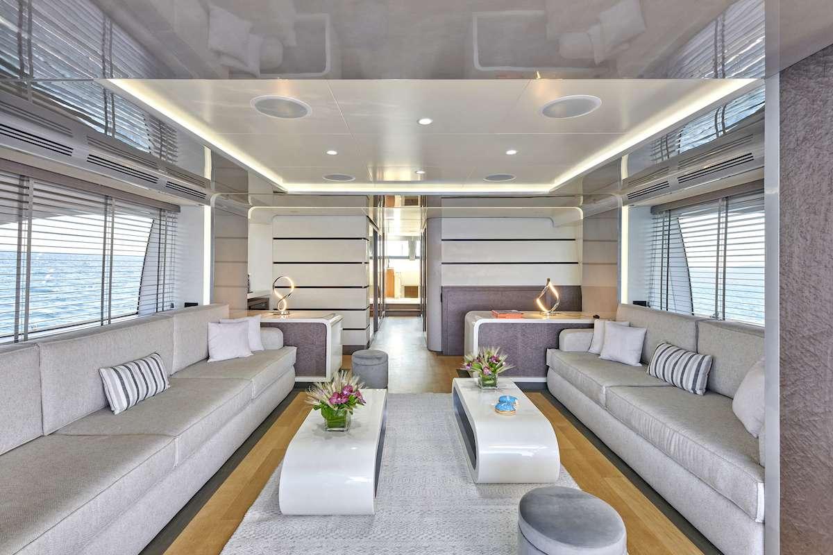 Image of LA FENICE yacht #2