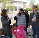 Les parents d'élèves, l'équipe pédagogique et les responsables du centre de loisirs sont associés à cette démarche.