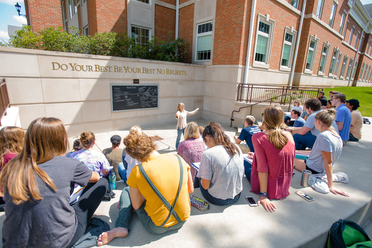 Professor Hartmann teaches in the Elsie Wunsch Outdoor Classroom