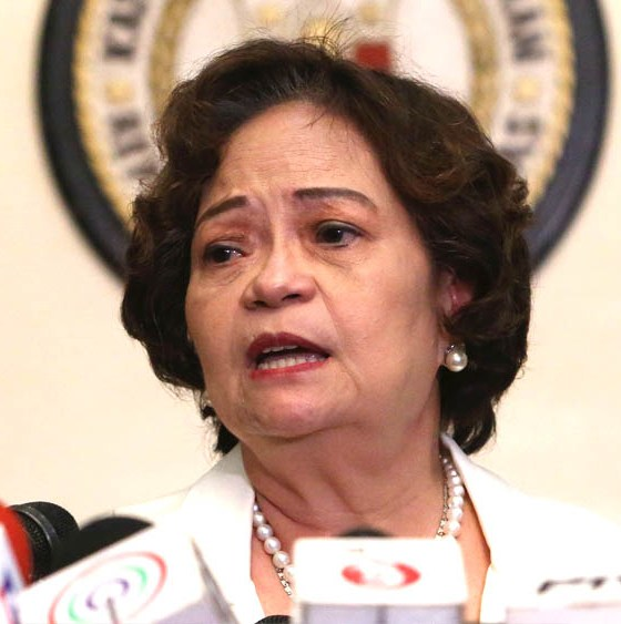 Chief Justice De Castro, 6 associate justices impeachment complaints found 'sufficient in form'