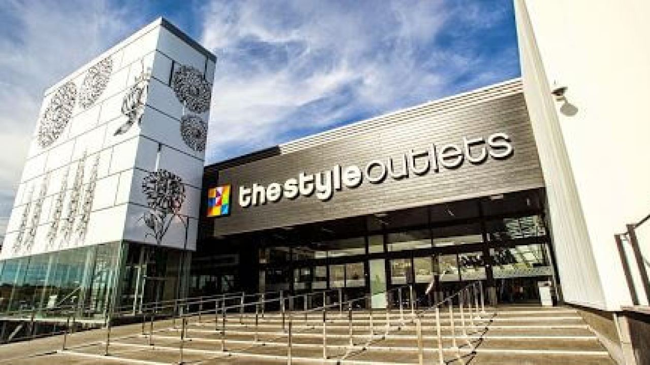 ejemplo Volver a llamar Pronombre  ▷ S.S. de los Reyes The Style Outlets | Locales Alquiler Negocios CC