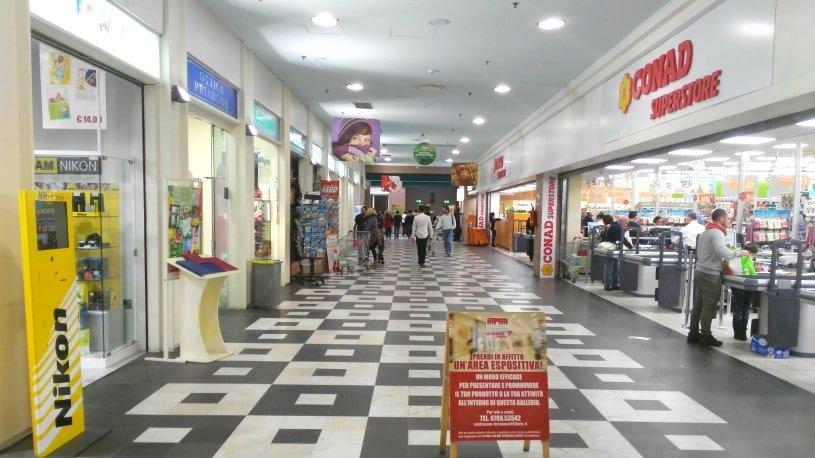 Centro Commerciale Terranova  Tanti negozi e un grande