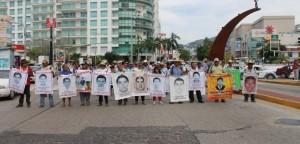 20150814-Marcha-en-Acapulco-Ayotzinapa