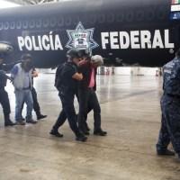 Oaxaca: 4 profesores levantados aparecen en el penal de máxima seguridad del Altiplano