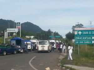Pueblo Creyente se concentra en la salida a Tuxtla