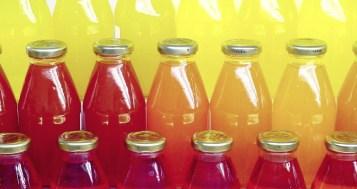 Evita los zumos envasados y refrescos edulcorados