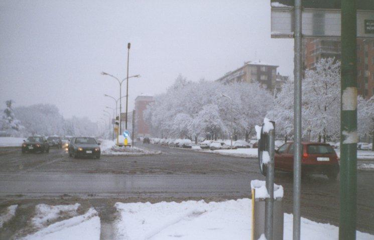Milano Lorenteggio  Natale 2000