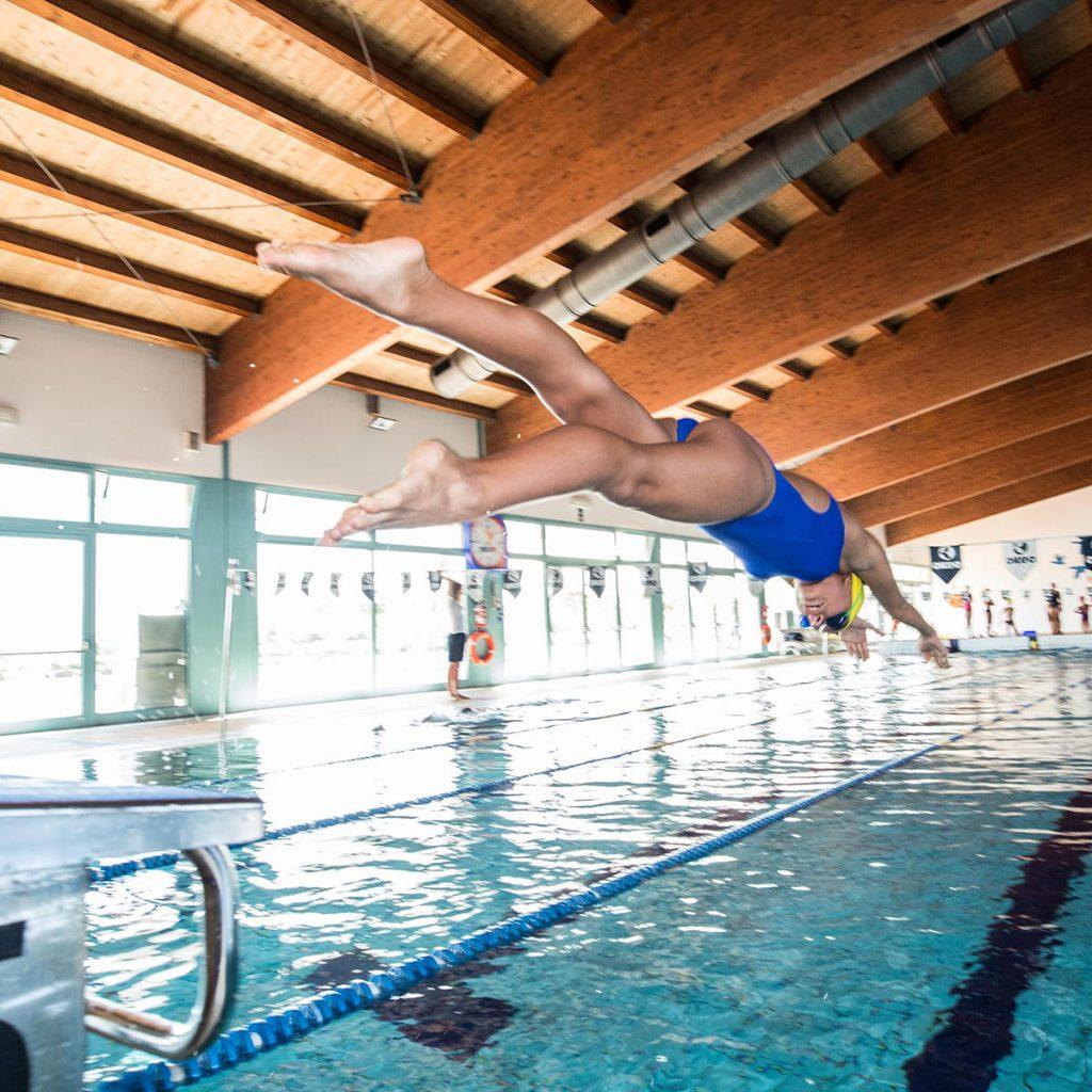 Piscina e palestra nuoto pallanuoto aquafitness