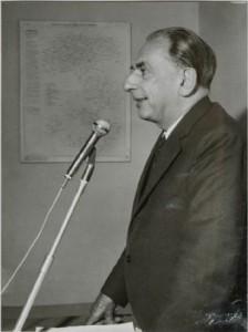 Giacomo Devoto (Genova, 19 luglio 1897 – Firenze, 25 dicembre 1974)