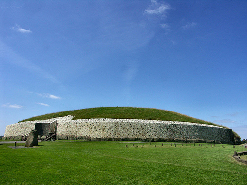 Newgrange (co. Meath, Irlanda)
