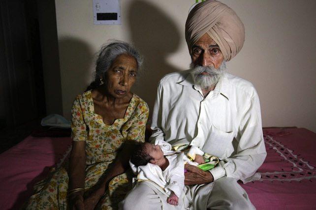 utero-affitto-india-70-anni-ansa