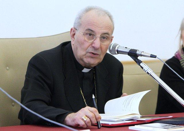 Mons. Crepaldi: La coscienza come primario problema politico