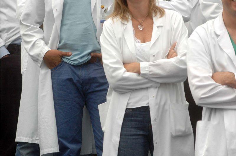 All'iter di legge sulle Dat manca solo una cosa: la protesta dei medici