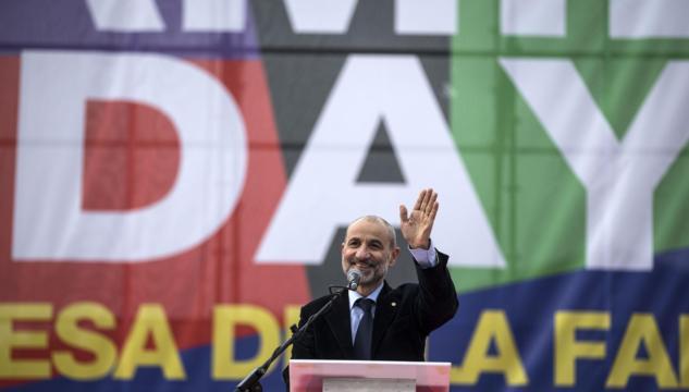 Gandolfini condannato, nessun problema per chi gli impedisce di parlare