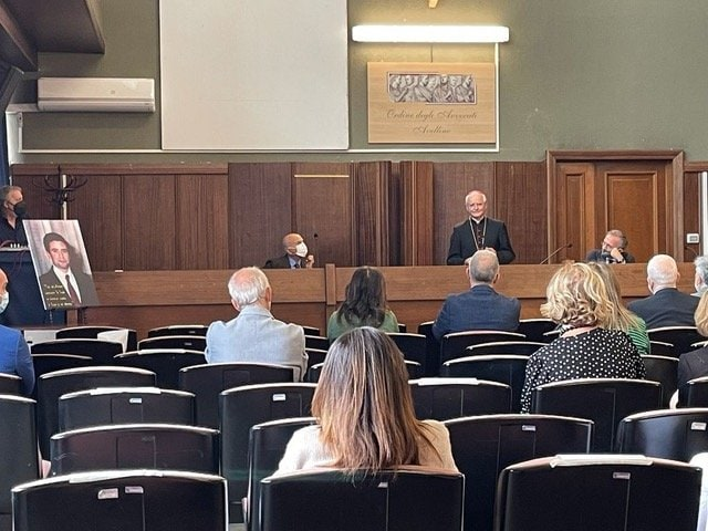 Cerimonia presso il Tribunale di Avellino per la dedica dell'Aula Magna al beato Rosario Livatino