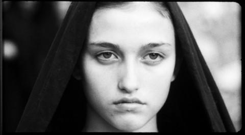 """Margherita Caruso, giovane Madonna del """"Vangelo"""" di Pasolini (1964)"""