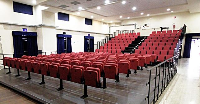 L'interno del Teatro del Lido di Ostia