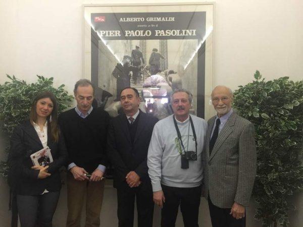 Un momento della inaugurazione della mostra a Castelfranco Emilia.