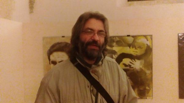 L'artista e maestro Claudio Vino