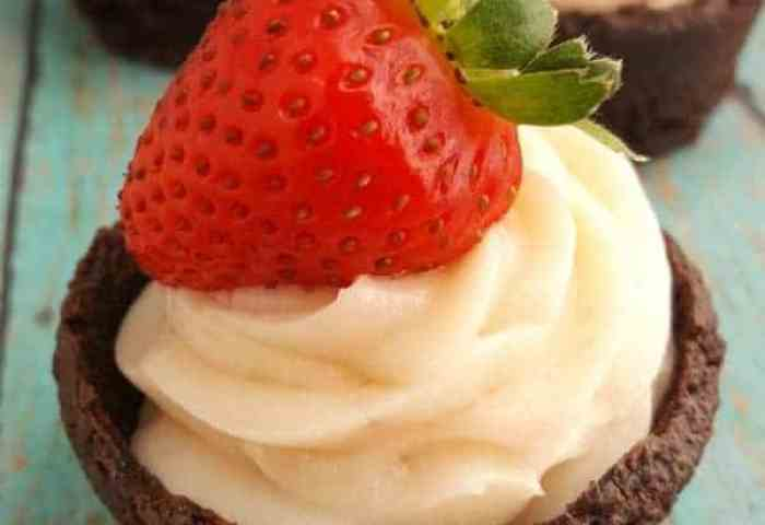 Strawberry Cheesecake Brownie Cups Recipe Centsable Momma