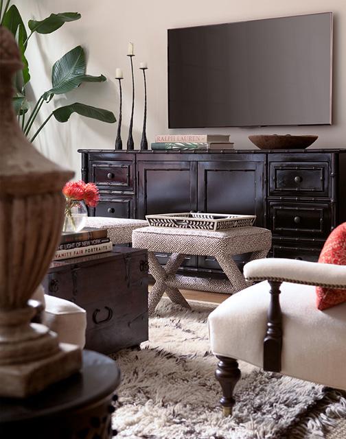 simple console arrangement